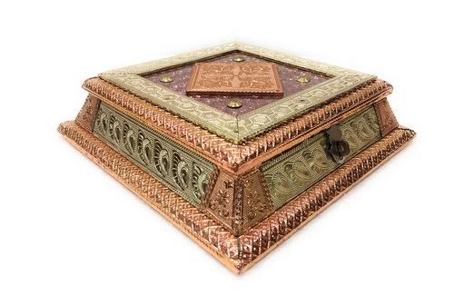 Golden Handicraft Wooden Gift Box