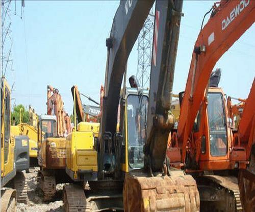 Used Excavator (Volvo)