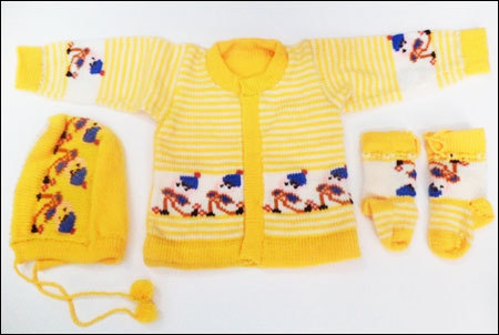 New Born Woolen Baby Suit