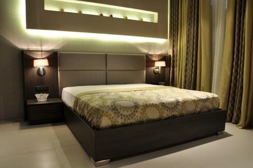Exclusive Bed With Headborad