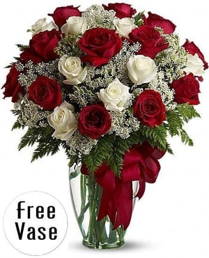 Red And White Rose Flower Bouquet