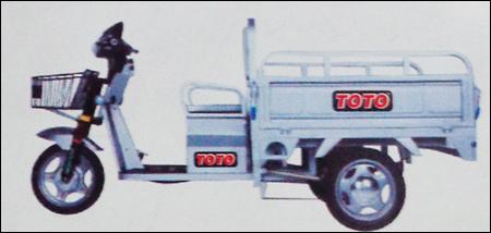 Battery Operated Loading Rickshaws in  Elliot Road
