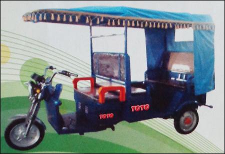 Battery Rickshaw in  Elliot Road