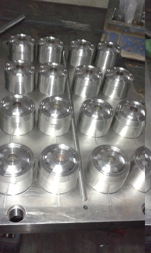 Rubber Injection Mould in  Sahibabad