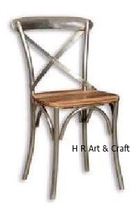 Classic Metal Dining Chair With Wood Seat