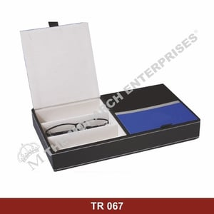 Eyewear Display Tray For Spectacle Frames