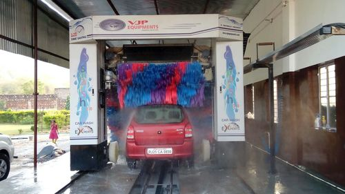 3 Brush Automatic Car Wash System in  Vatva