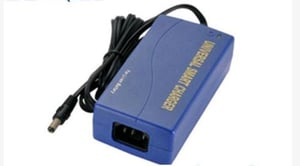 Universal Smart 0.9A - 1.8A NiMH Nicd Battery Chargers