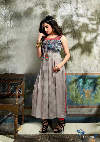Party Ware Kurtis in  Malvani-Malad (W)