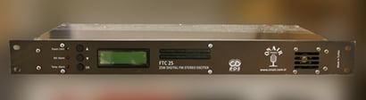 25W Fm Compact Transmitter Certifications: Iso 9001:2008