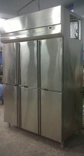 Vertical Refrigerator And Freezers