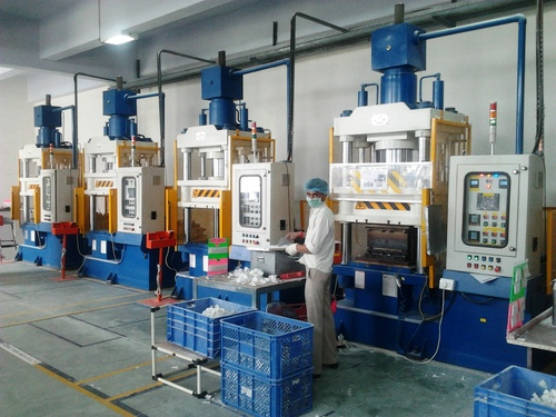 Downstroking Smc / Dmc / Frp Compression Moulding Press