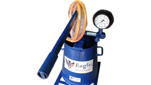 Hand Operated Hydro Test Pump Up To 7250 PSI in Ahmedabad, Gujarat
