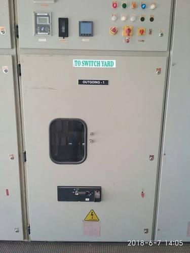Vacuum Circuit Breaker (VCB)