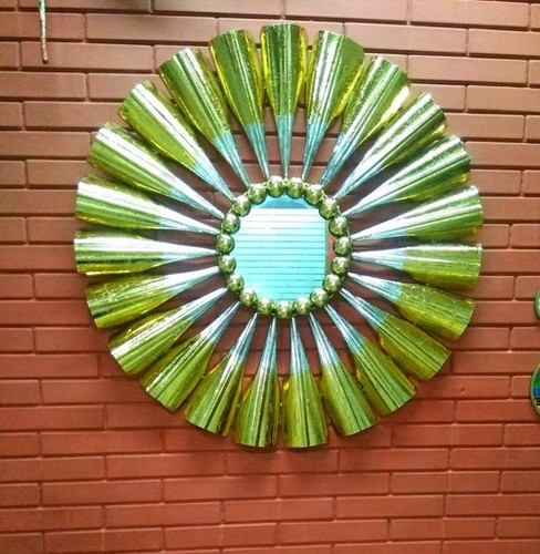 Metal Mirror Wall Decor Gold Leaf At Price 2600 Inr Piece In Noida Luxto Crafts