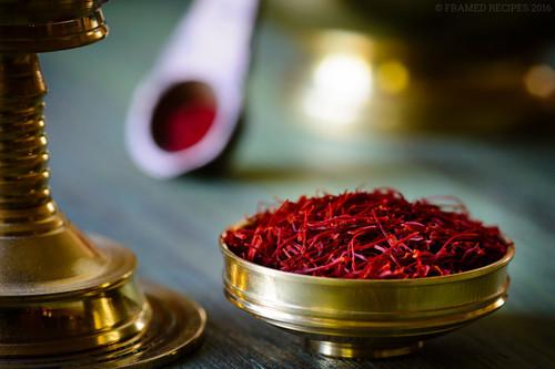 Natural Herbal Iranian Saffron
