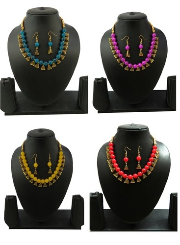 Beaded Necklace With Earring