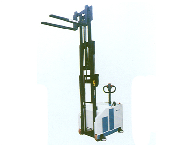 Battery Operated Counter Weight Stacker