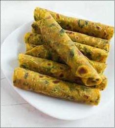Delicious Taste Methi Thepla Grade: Food Grade