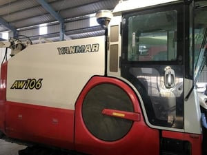 Yanmar AW106 Combine Harvester Agriculture Machinery