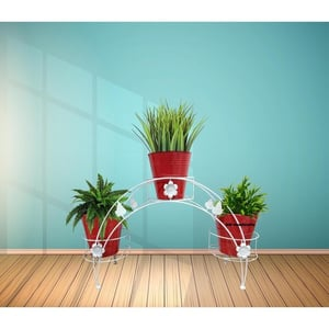 Attractive Metal Plant Stand