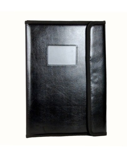 Document Folder With Magnet Closure