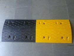 Robust Construction Rubber Speed Breaker