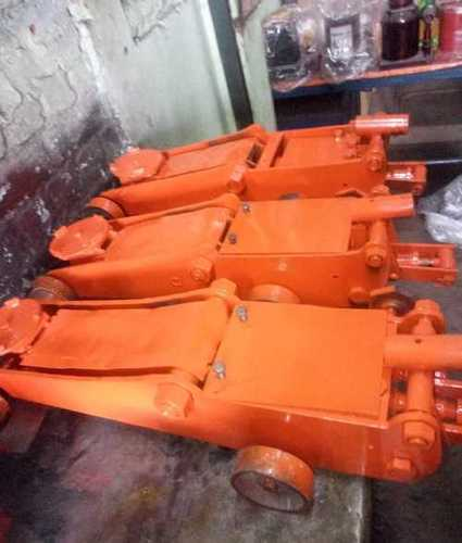 Hydraulic Bottle Jack, Max Capacity: 200 Tons