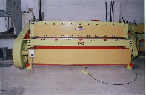Heavy Duty Industrial Shearing Machine