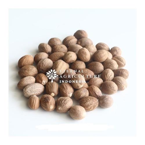 100% Organic Shelled Nutmeg