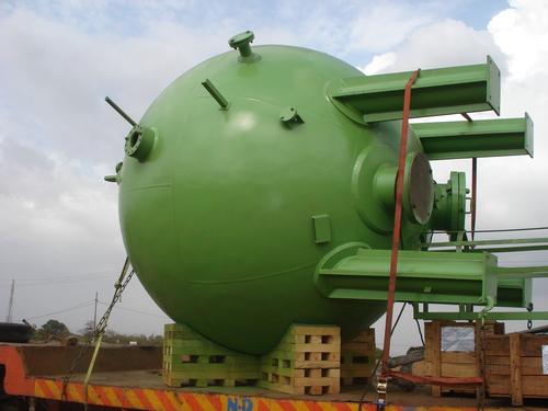 Pressure Vessels in  J-Block