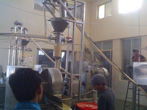 Flexible Screw Conveyor - NOIDA FABCON MACHINES (P) LTD , C
