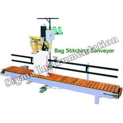 Slat Conveyor For Moving Items