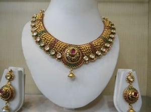 Exquisitely Crafted Necklace Set