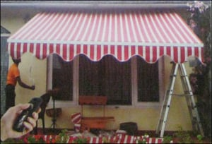 Retractable Awnings (Motorized Awnings)