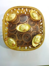 Feng Shui Wealth Basket with Copper Coin And Ingot