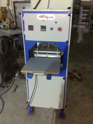 Thermo Forming Tray Machine
