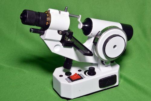 Manual Lensometer R-1000 Cross Crona Target