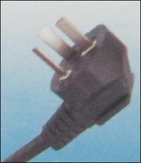 Du 1 With Flat Pin 6 Amp. Moulded Plug