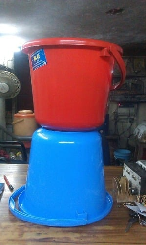 Plastic Buckets With Handle (15 Ltrs)