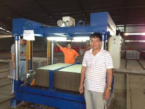 CLC Panel Cutting Machine
