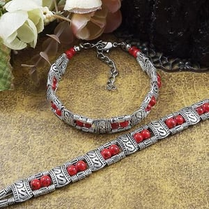 Tibet Antique Silver Plated Red Beads Bracelet