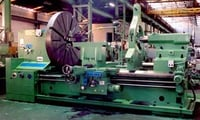 Heavy Duty Lathe with Large Bore Spindle