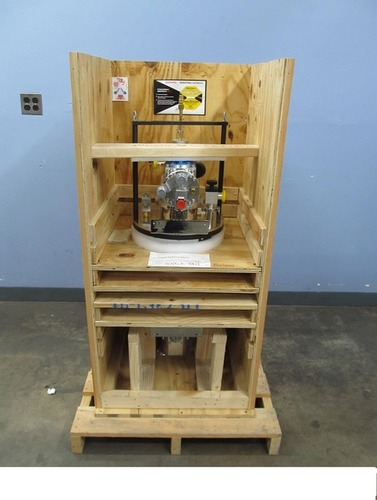 SHI-950 Sample in Static Exchange Gas 4 Kelvin Closed Cycle
