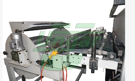 Aluminum Container Production Line - High Speed Paper Lid Die-Cutting Machine
