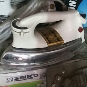 Low Power Consumption Electric Iron