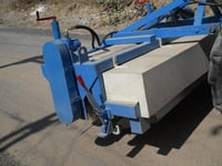 Hydraulic Road Broomer Machine With Bucket System