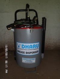 Hand Operated Grease Dispenser