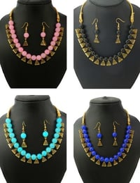 Glass Beads Necklace with Earrings