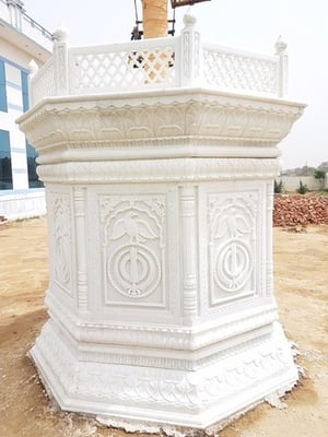 Finely Finished Marble Showpiece